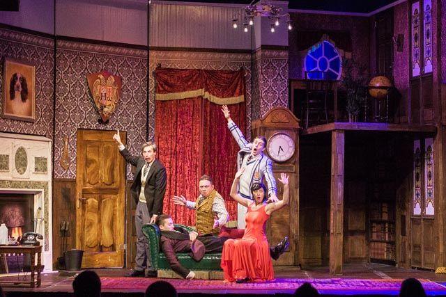 Zaključuje se predvpis gledališkega abonmaja Nasmejmo se!