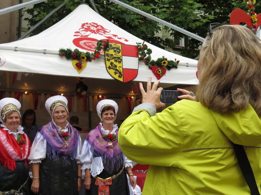 Slovenske narodne noše so bile posebno zanimlive