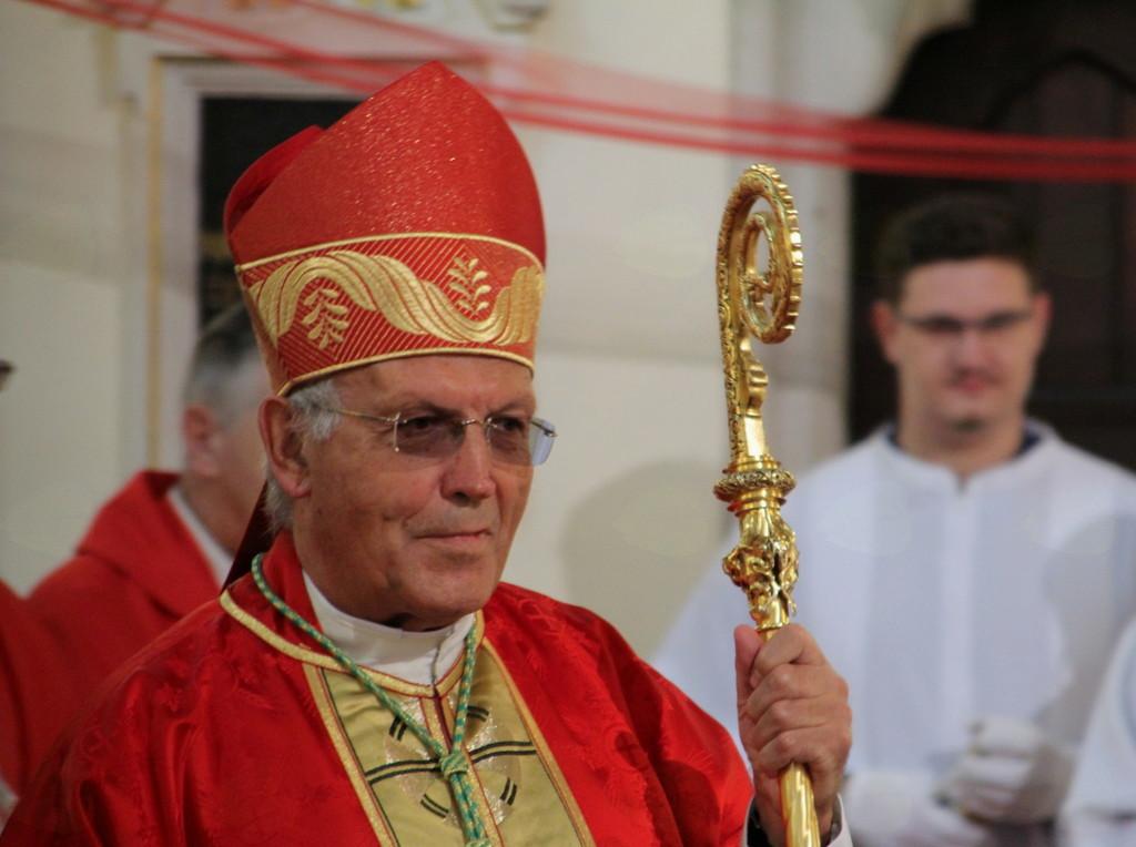 Birmovalec - upokojeni nadškof dr. Anton Stres