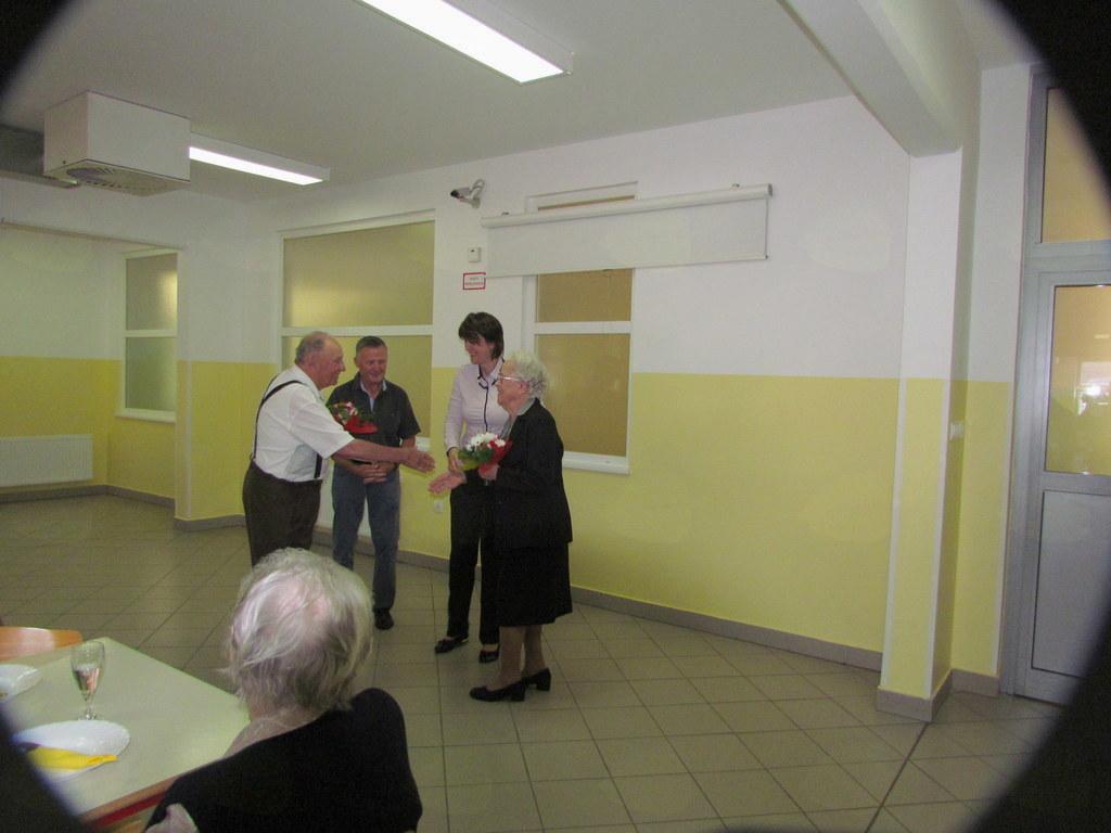 Ob najstarejšima udeležencema srečanja