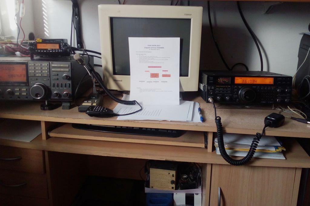 Radijska postaja in ostala tehnika