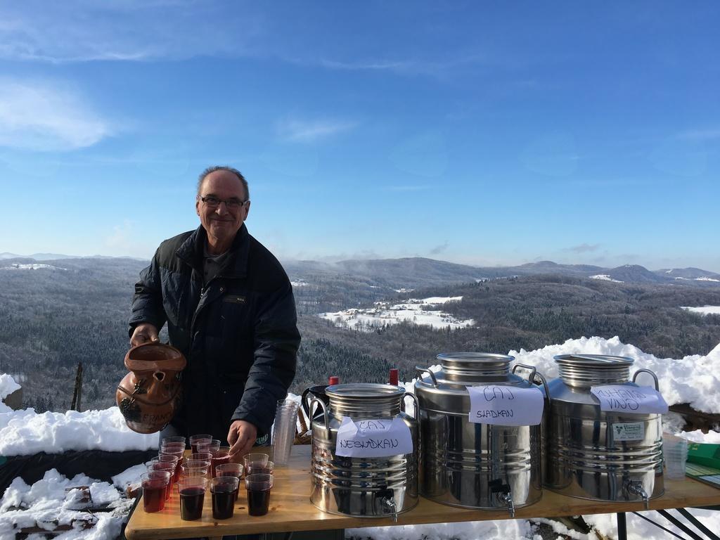 14. vinogradniški pohod na Lisec