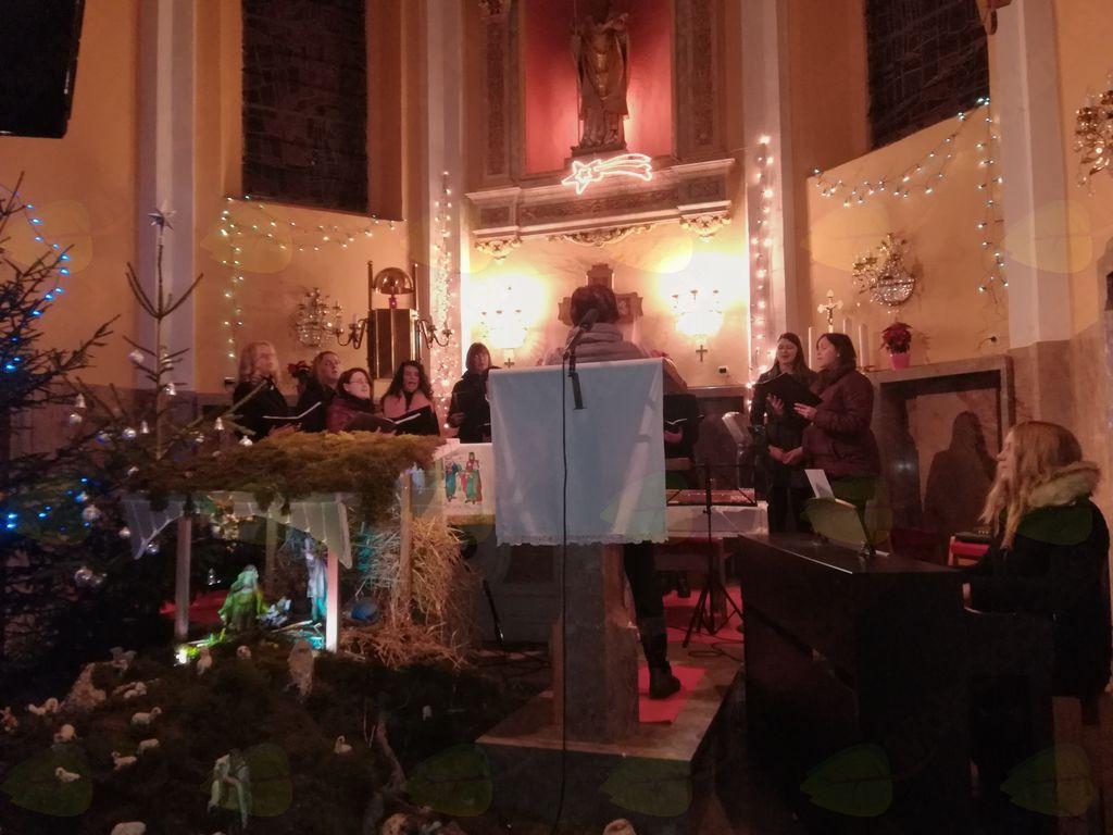 cerkveni ženski pevski zbor iz Velikega Gabra