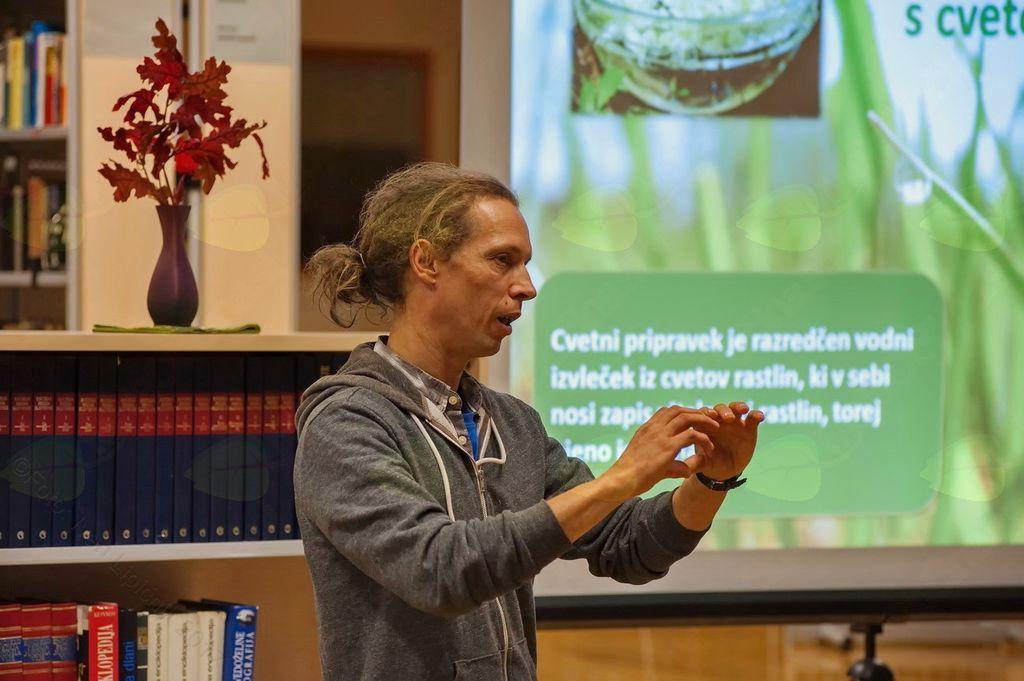 Prebold: Jan Kozamernik o Bachovih cvetnih kapljicah