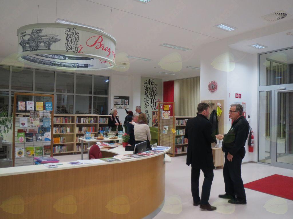 V Braslovčah odprtje razstave dijakov Gimnazije Celje - Center, umetniška smer