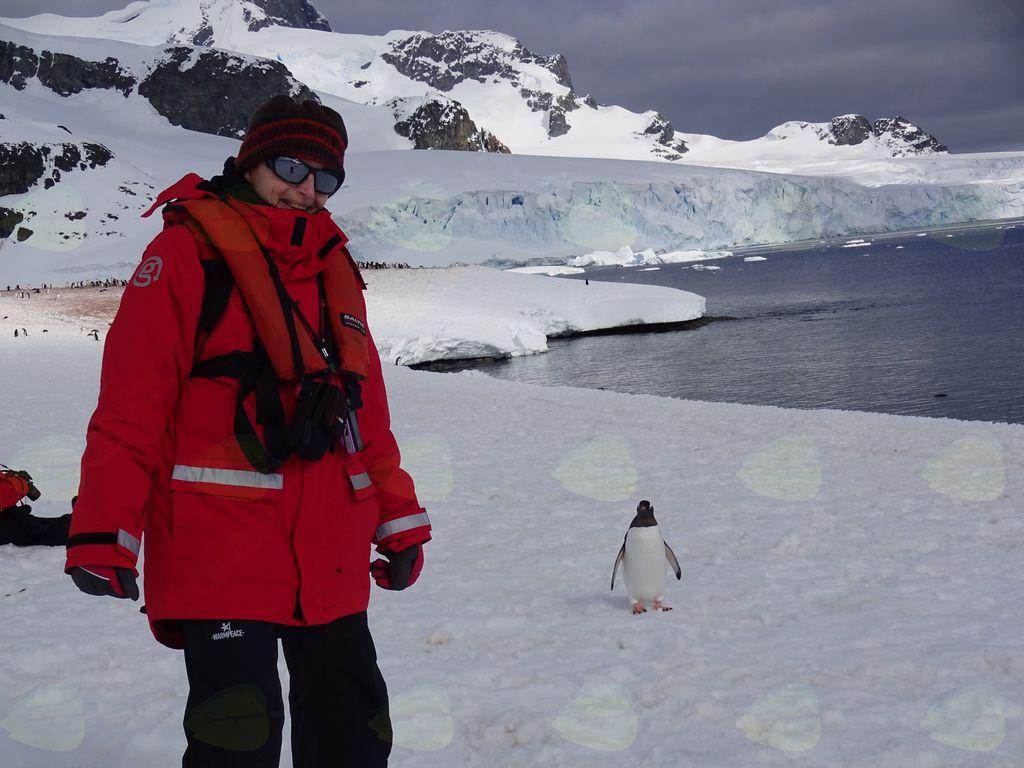 Potopisno predavanje Antarktika z Barbaro Popit