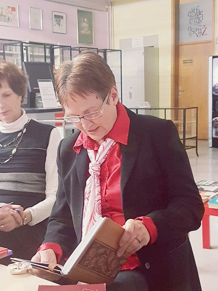 HUMOR JE RESNA STVAR – doktor Fig in prešerno razpoloženje na srečanju študijsko bralnega druženja v sodelovanju Medobčinske splošne knjižnice Žalec in UPI Ljudske univerze Žalec