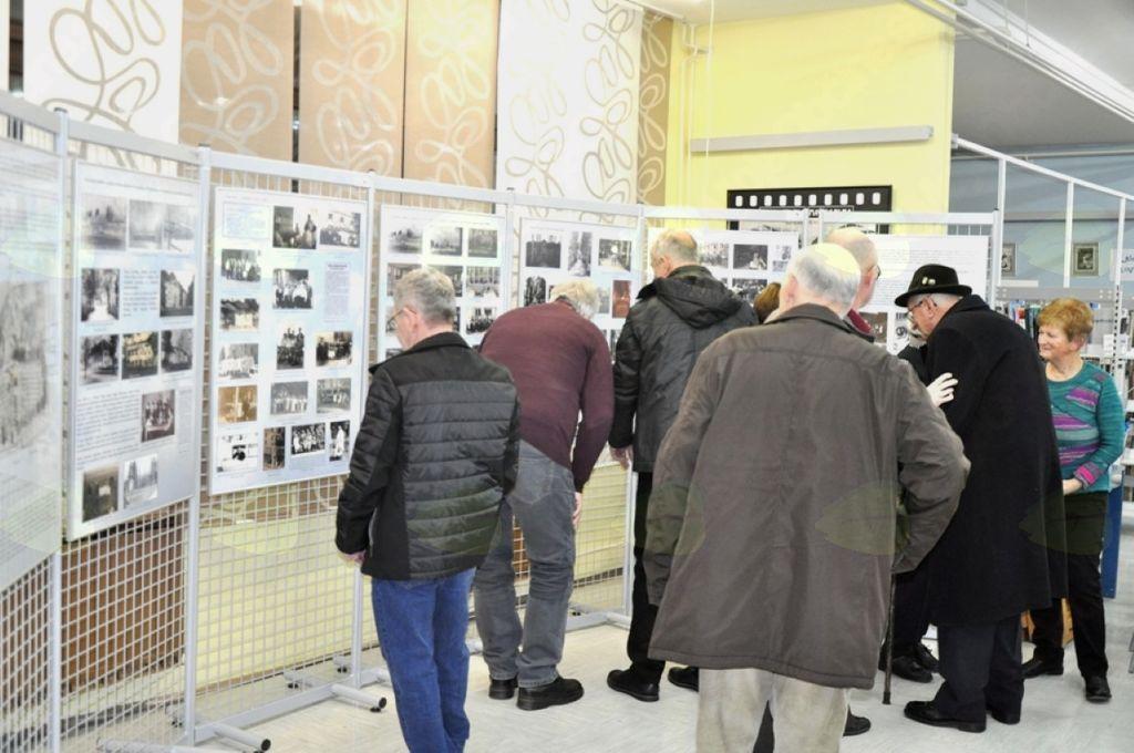 Utrip domoznanstva: življenje v dvorcu Novo Celje po drugi svetovni vojni