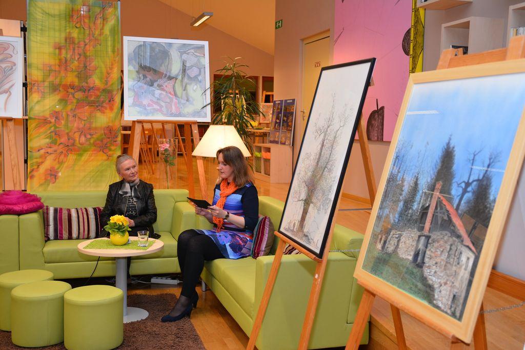 Odprtje razstave likovnih del Amalije Hribar in pogovorni večer z njo