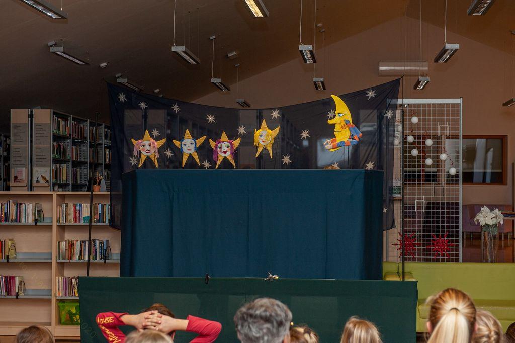 Zvezdna pravljična prigoda v preboldski knjižnici