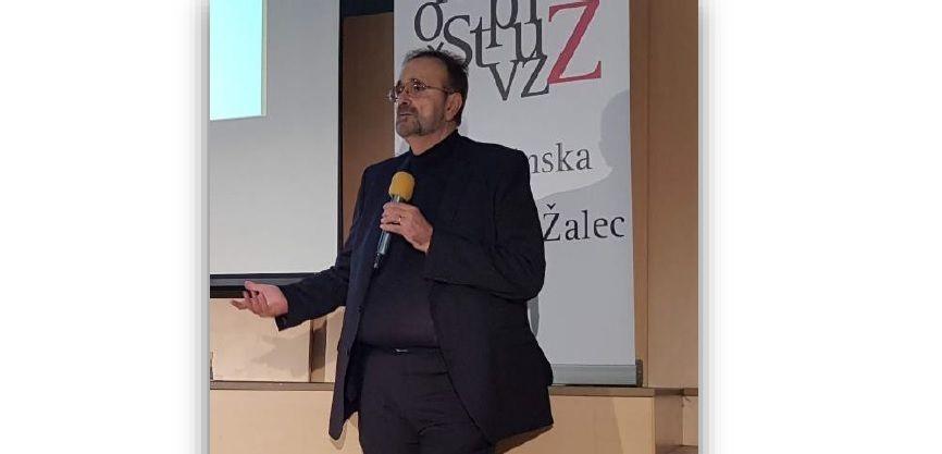 Predavanje dr. Ćurića Čutim, premislim, delujem