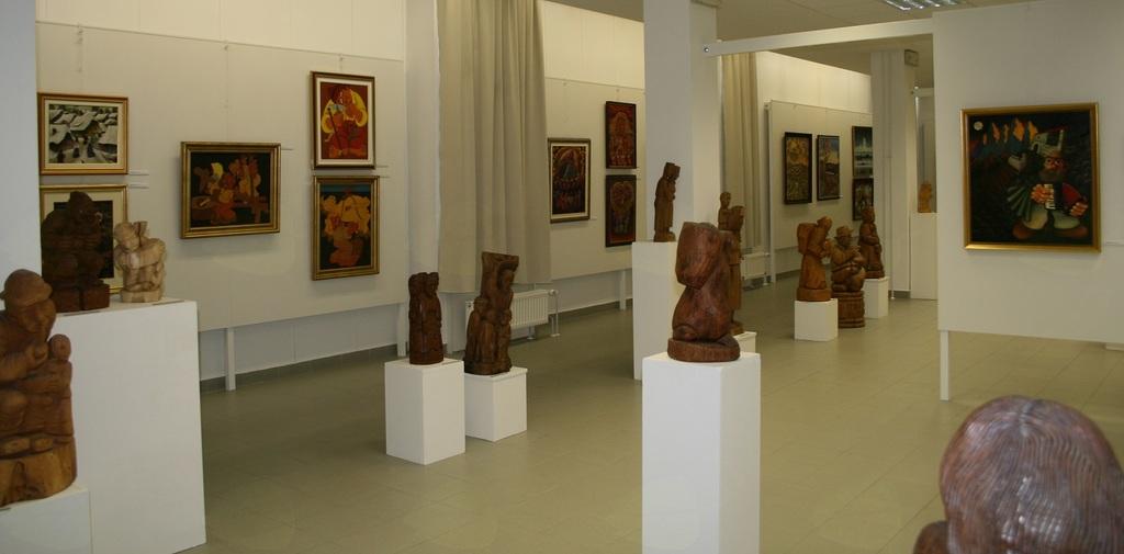 Na dan kulture podari všeček Galeriji likovnih samorastnikov Trebnje