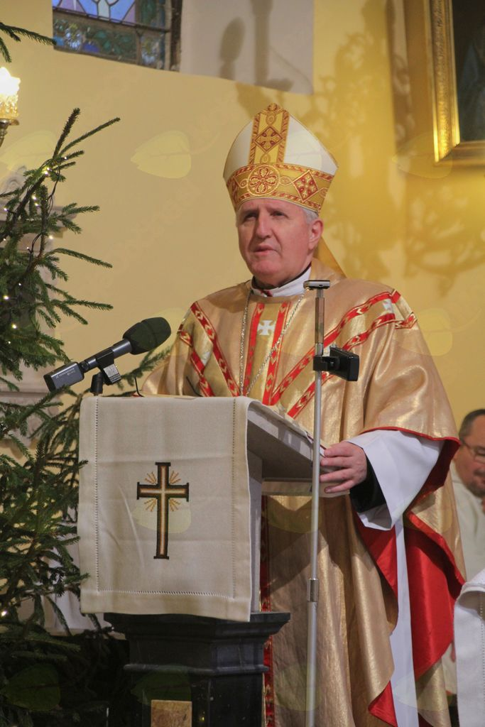 Nadškof g. Stanislav Zore