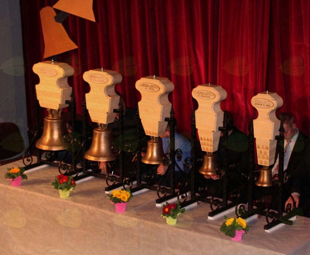 Zvonovi posvečeni podružnicam Šmarske župnije