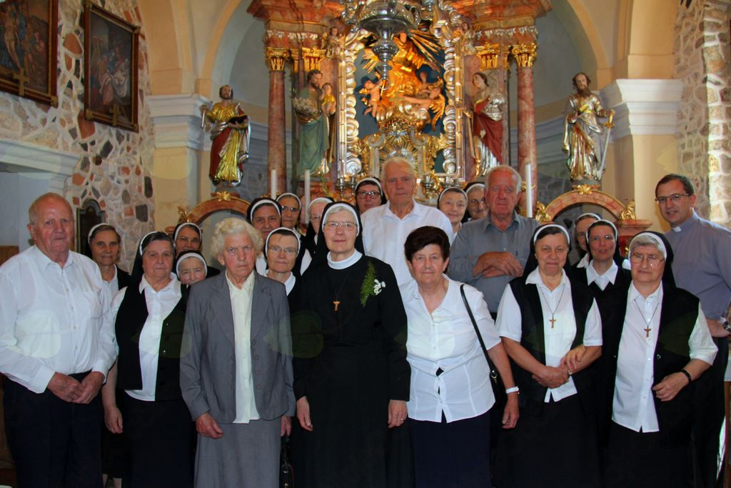 50 let redovnih zaobljub s. Mihaele Berčon