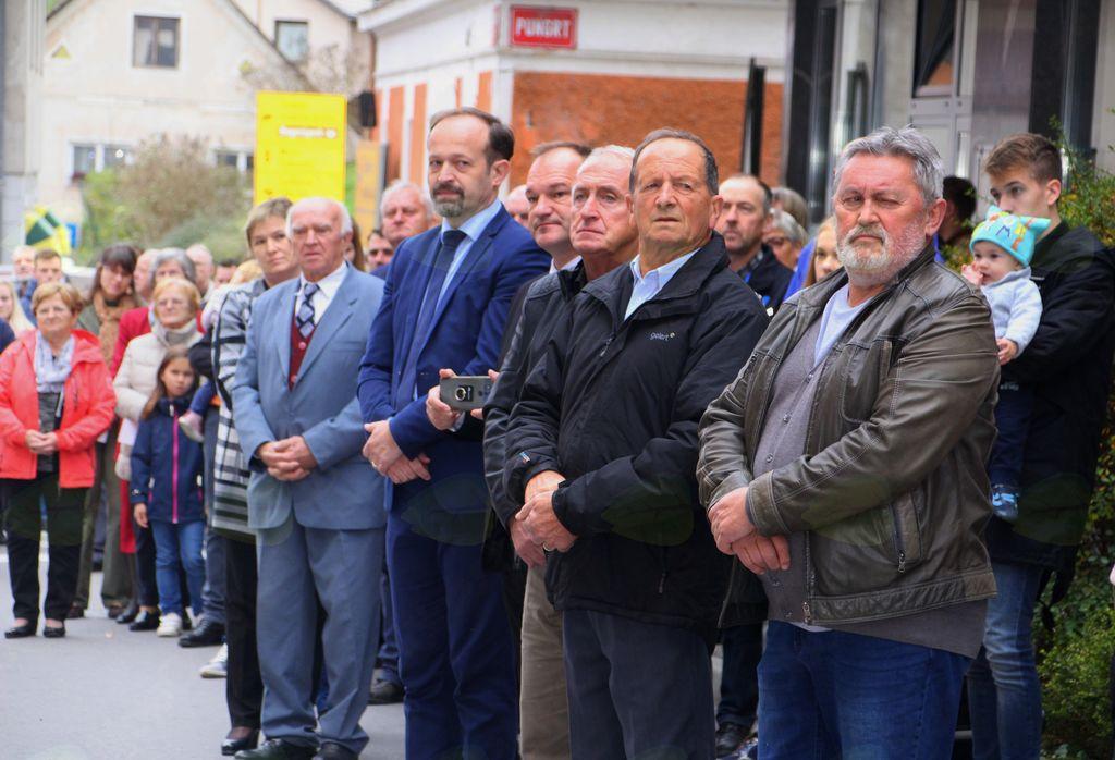 g. Rajko Meserko - župan, g. Boris Doblekar - poslanec DZ, g. Jože Zadražni - predsednik Vinogradniškega društva Štuck