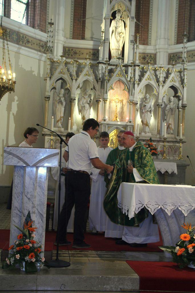 Pozdrav g. škofa msgr. dr. Franca Šuštarja