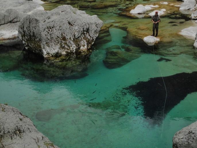 S prvim aprilom se je začela ribiška sezona na reki Soči s pritoki