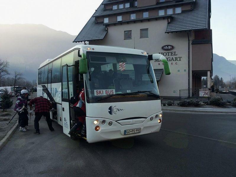 Smučarski avtobus