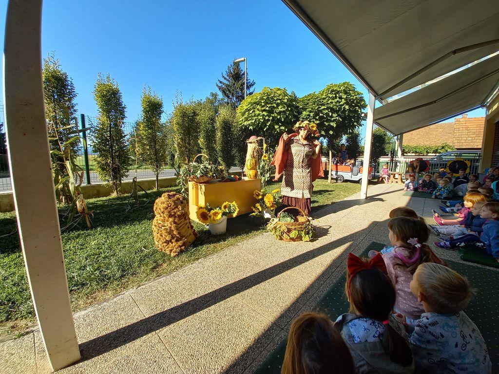 Obisk tetke Jeseni v Vrtcu Cirkovce