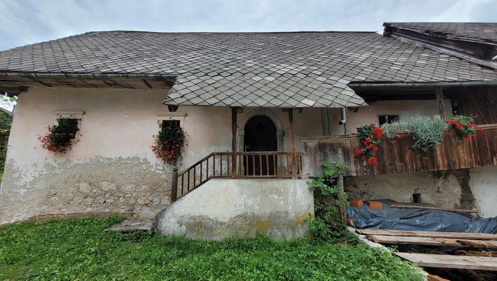 Kaconova hiša na Bohinjski Beli