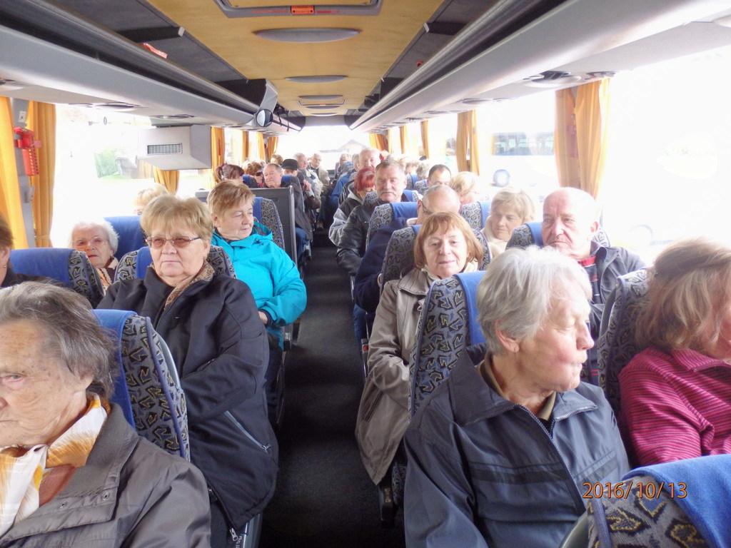 Moje veselje ob pogledu na poln avtobus!