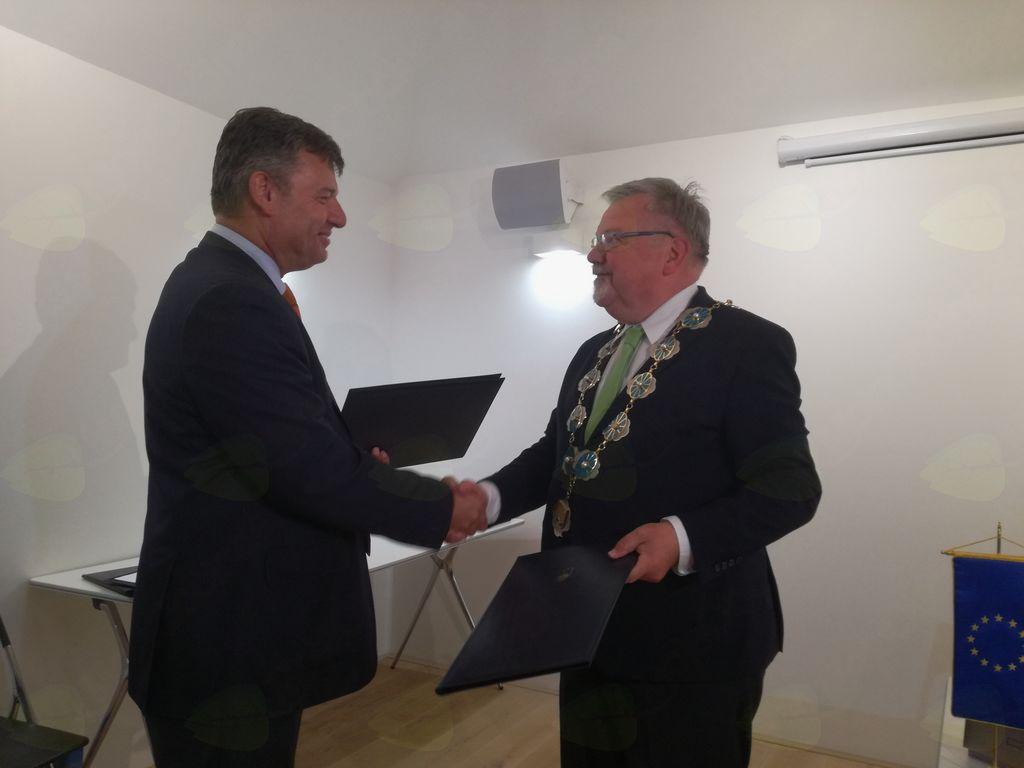 Zadovoljna oba - minister in župan Janez Fajfar.