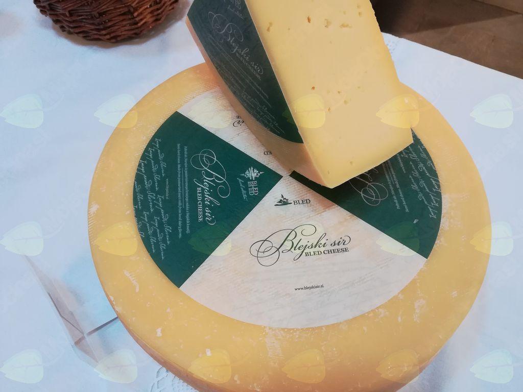 Blejski sir je na trgu!