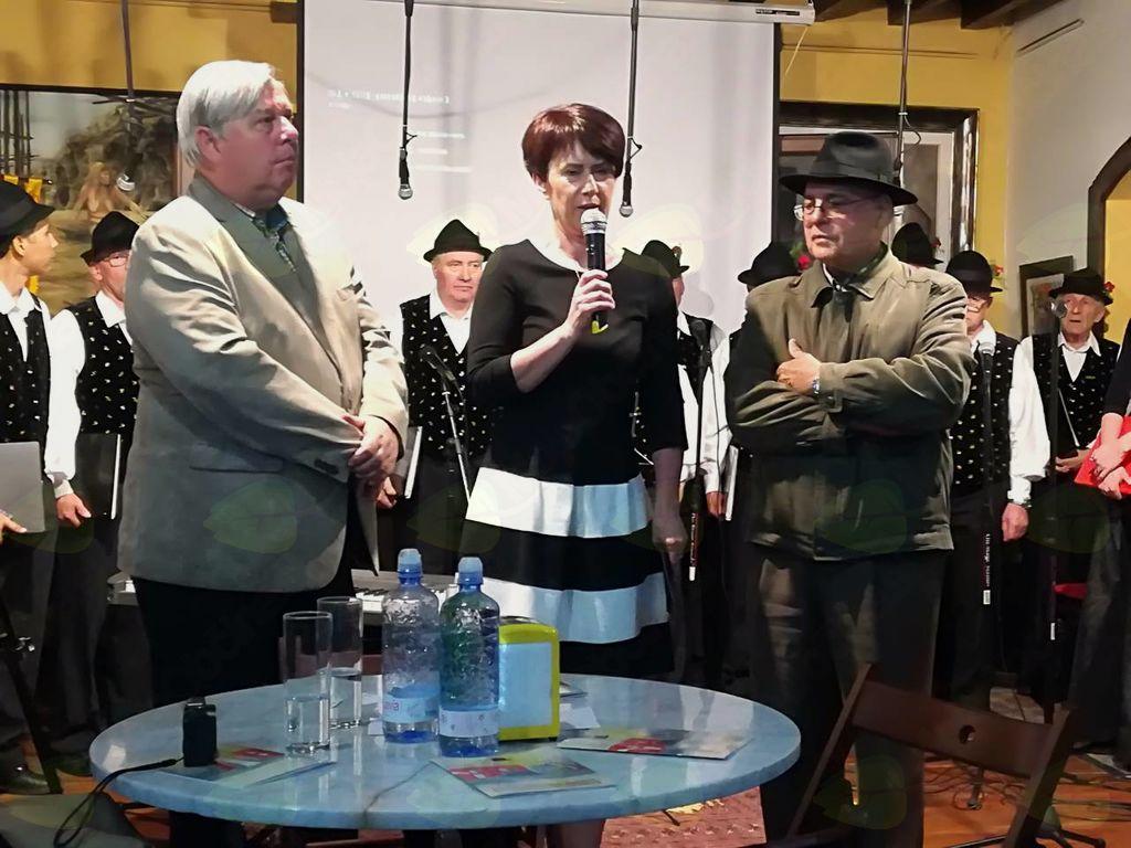 Koncert v mestu Las Palmas - na sliki desno predsednik društva El cachorro Canario