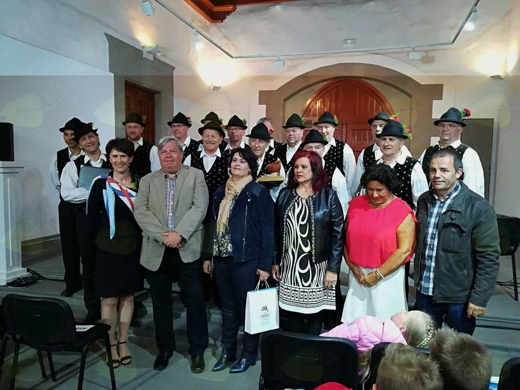MPZ Triglav Lesce Bled s predstavniki občine Telde