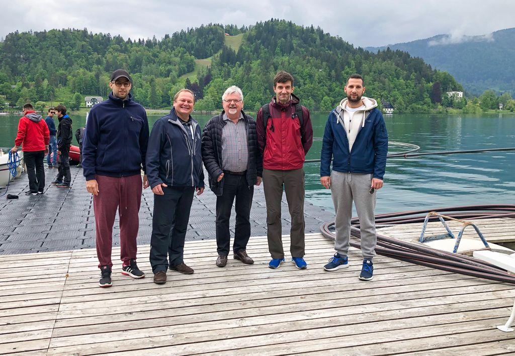 Na fotografiji: Marko Gajic, BWF, Janez Andrejc, predsednik DPD Bled, župan Janez Fajfar, Marko Maver, državni sekretar Ministrstva za okolje ter Mario Gajic, BWF.