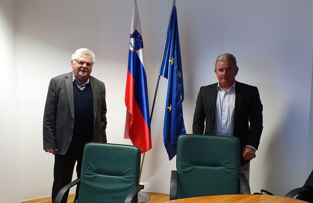 Srečanje ministra Vizjaka in župana Fajfarja april 2020.
