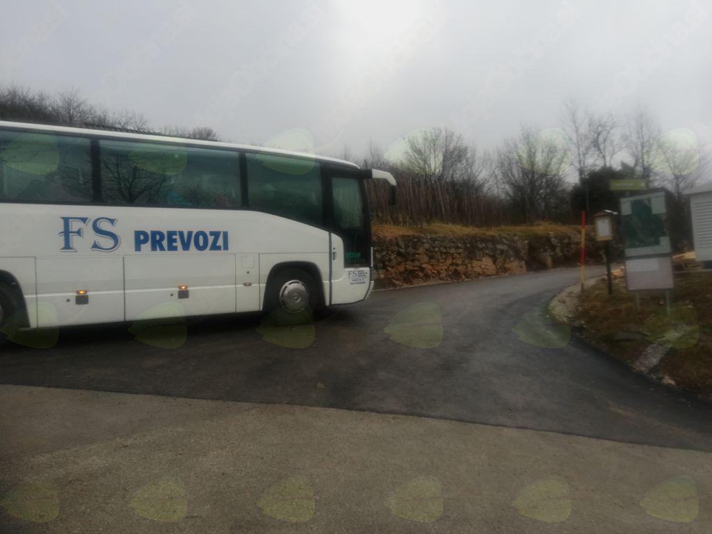 Na Liscu prvič avtobus odpeljal pohodnike iz najvišje ležeče poti