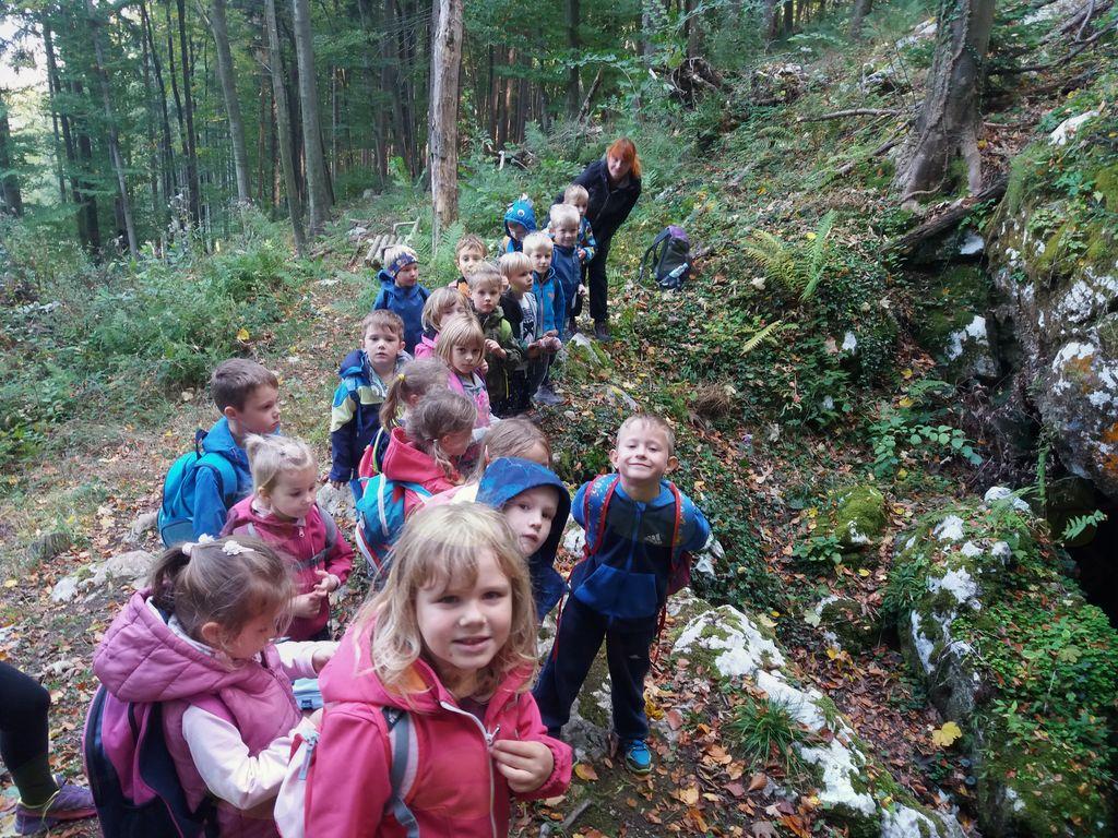 Mladi planinci Vrtca Vransko v Škadavnici