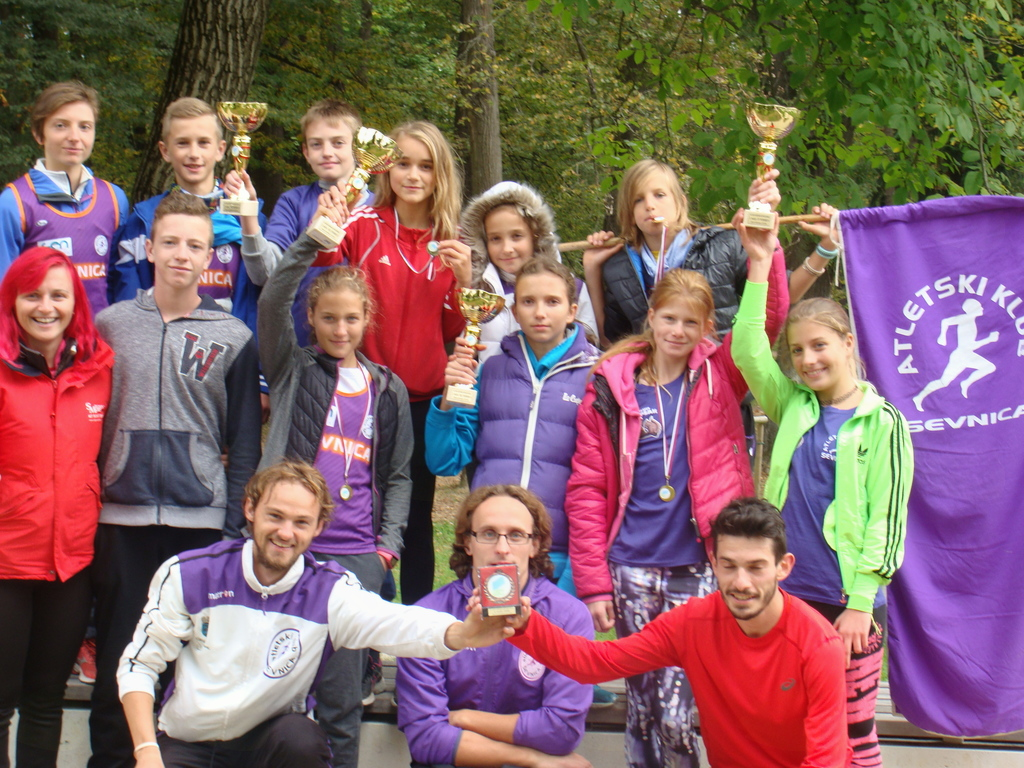 Sevniška ekipa na 50. krosu občinskih reprezentanc