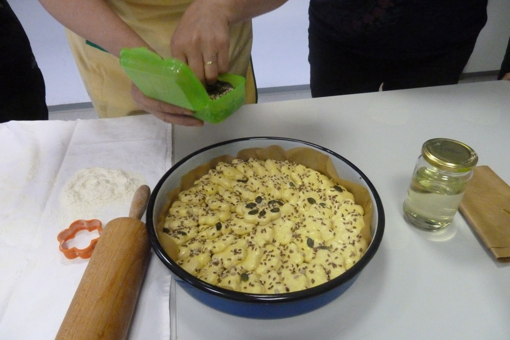 Kuharska delavnica: POGAČA S SIROM