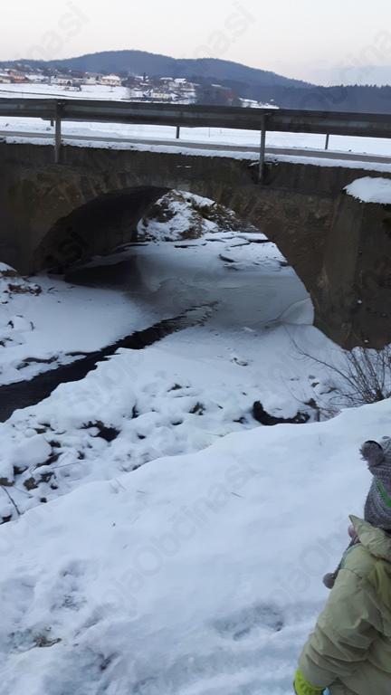 Hoja po zamrznjeni Temenici je nevarna. Foto: Jure Mervar