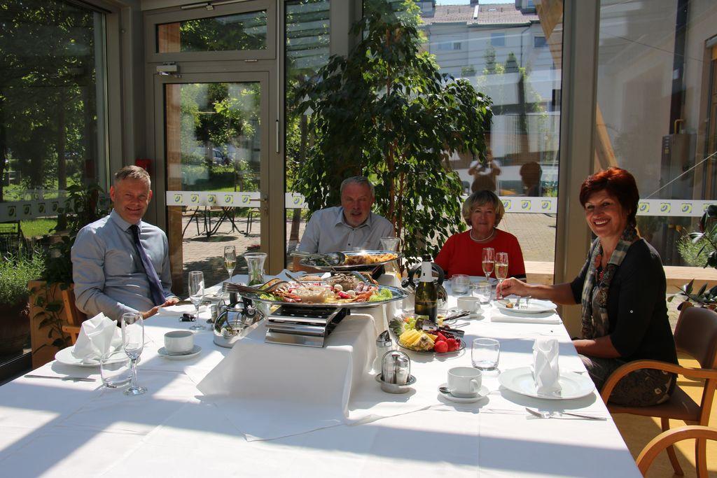 Poslovni zajtrk z županom MOSG