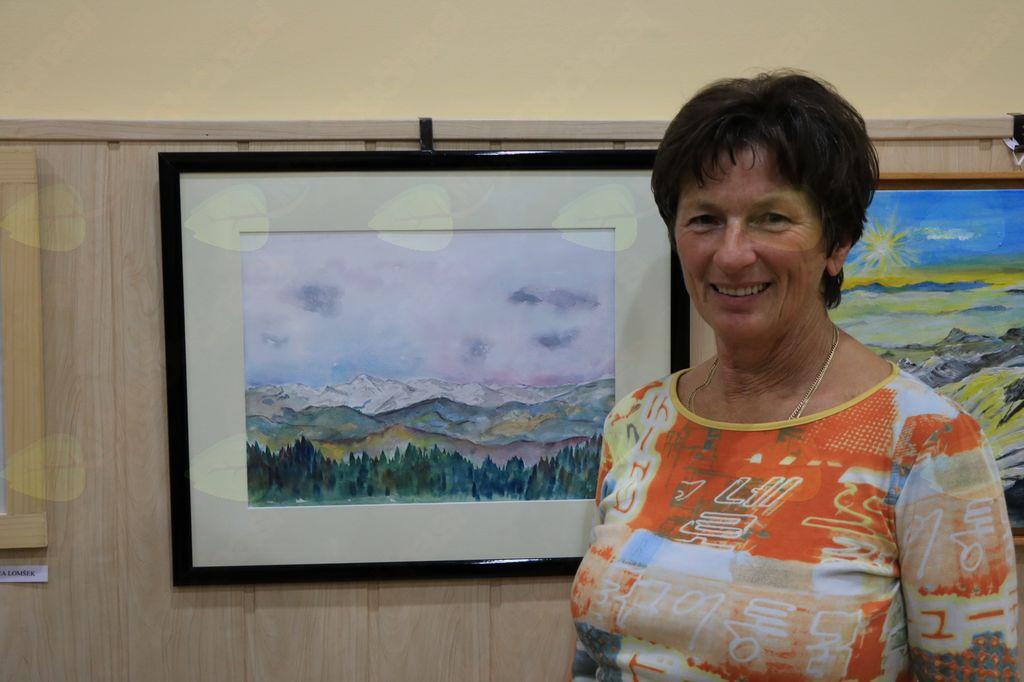 Binca Lomšek in njen akvarel Julijci