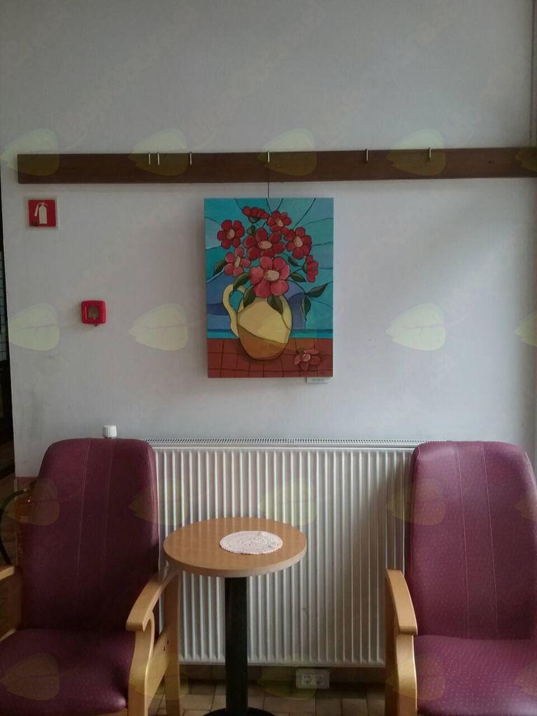 Likovno društvo Mengeš razstavlja vitraže v Ljubljani