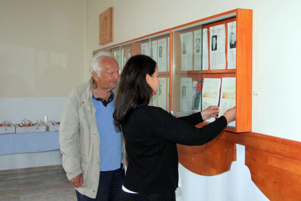 Slovesnost ob 5. obletnici Rastoče knjige Primskovo