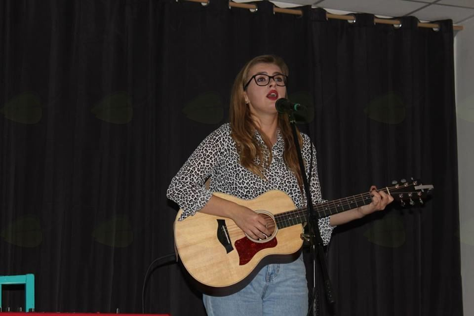 Talenti v živo - koncert Sandre Erpe v Mladincu