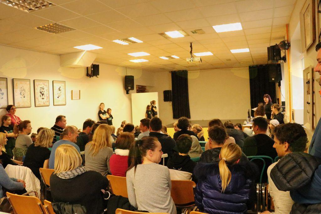 Zbor članov AIA – Mladinskega centra Mengeš, foto: Maša Vončina.
