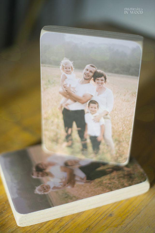Ani je najljubša družinska fotografija.