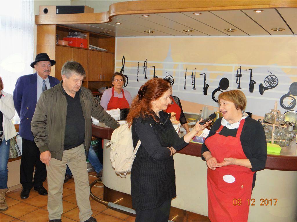 """Radijski klub """"Gremo plesat"""" RTV SLO Koper in Smiljana Baranja v Mengšu"""