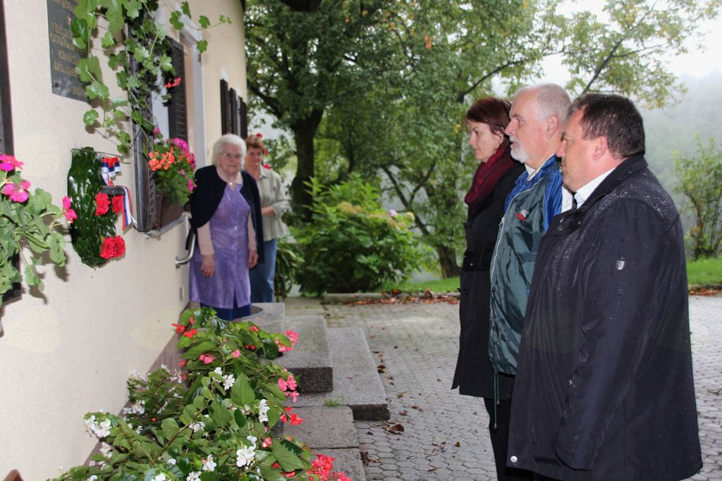 Z minuto molka smo se poklonili spominu na brate Dobrotinšek.