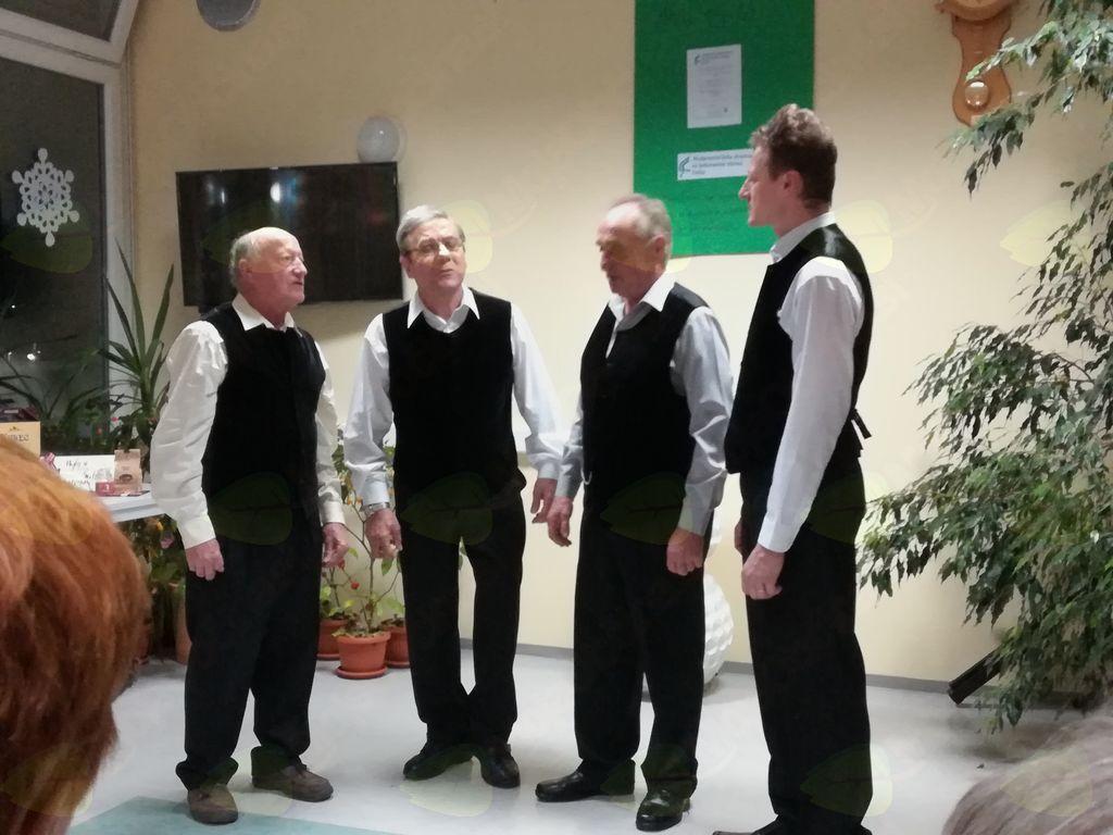 Ljudski pevci iz Šmiklavža
