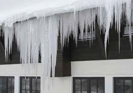 Nazorni prikaz slabo toplotno izolirane strehe - nekaj je hudo narobe!
