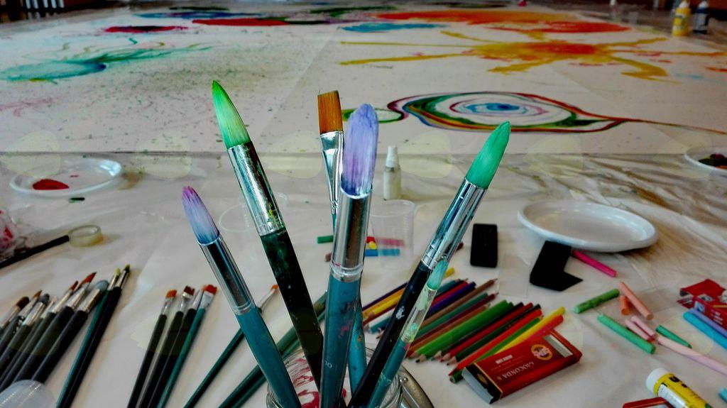 Predstavitvena delavnica kreativnega slikanja za otroke