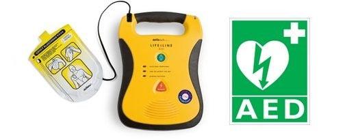 Predstavitev delovanja defibrilatorja pri balinarjih iz Mengša